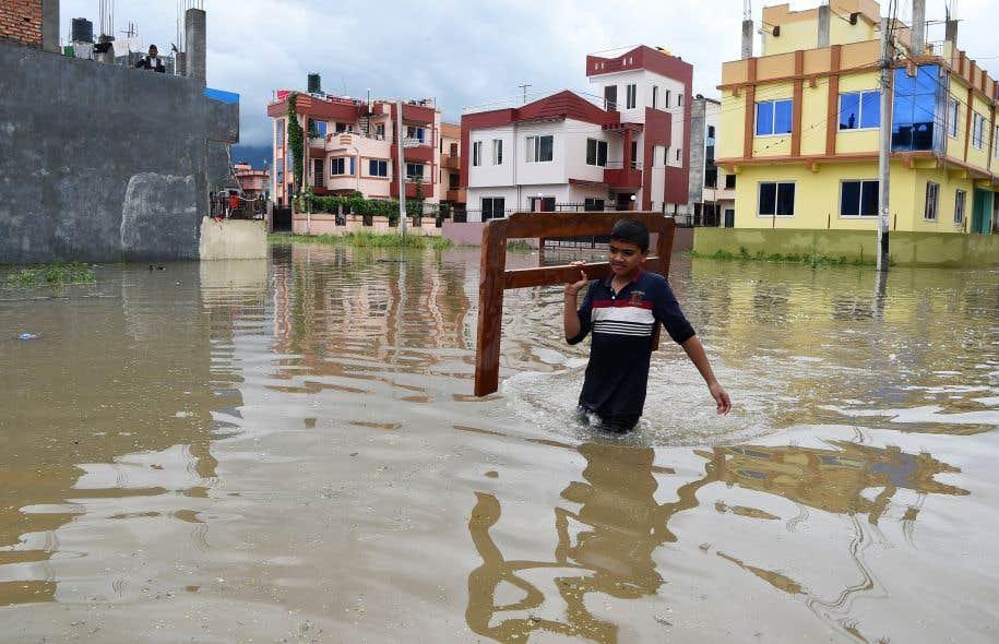 Une centaine de morts en Inde et au Népal — Mousson meurtrière
