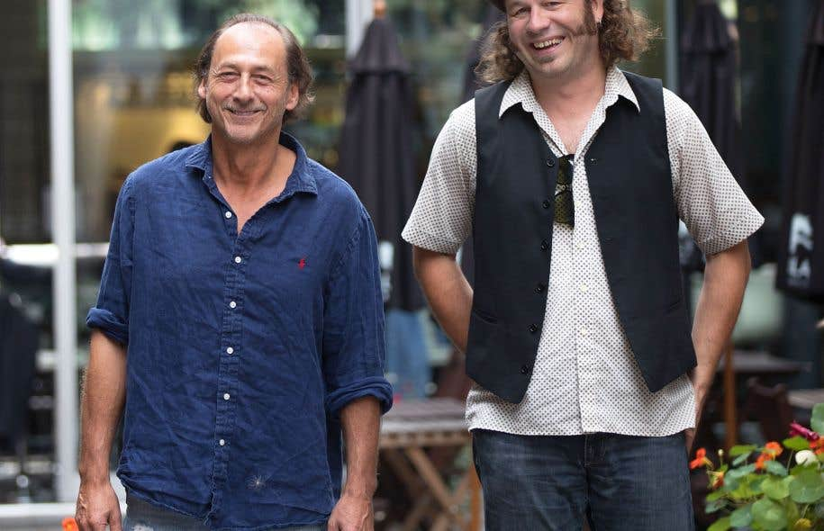 Le cinéaste et acteur Luc Picard accompagné par le directeur de la programmation du FCVQ, Olivier Bilodeau