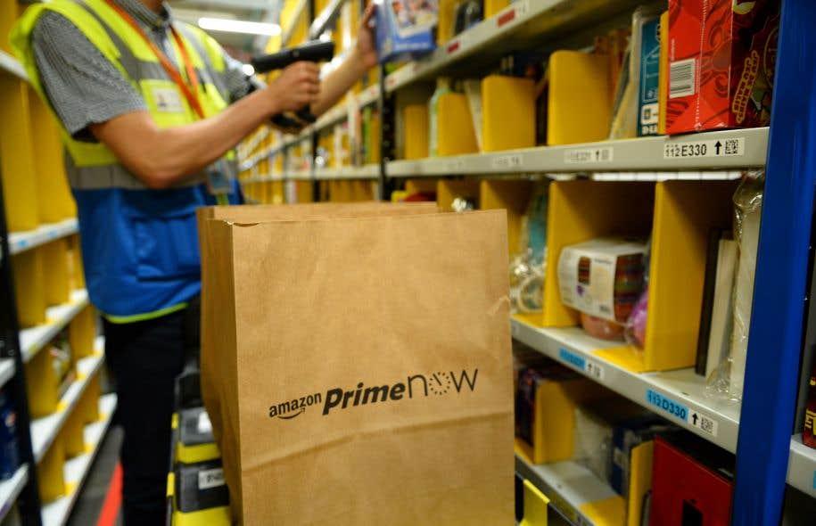 Un entrepôt d'Amazon à Paris