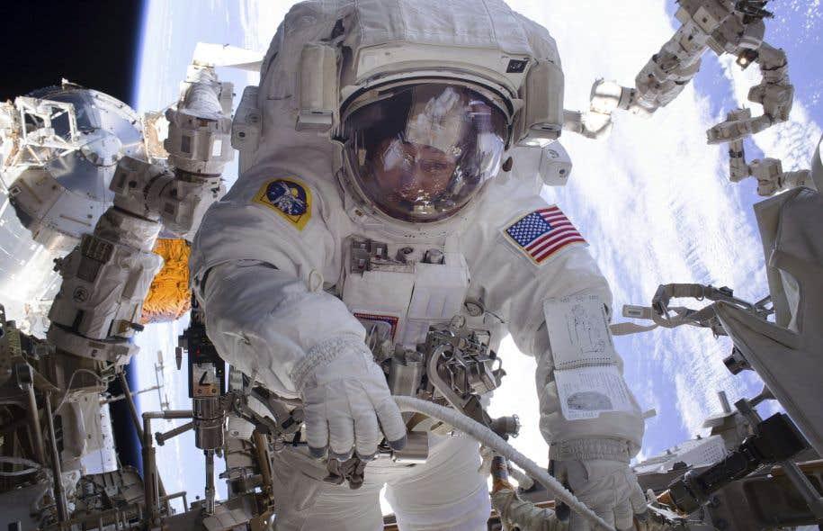 L'autronaute américainePeggy Whitson lors d'une sortie dans l'espace en janvier dernier