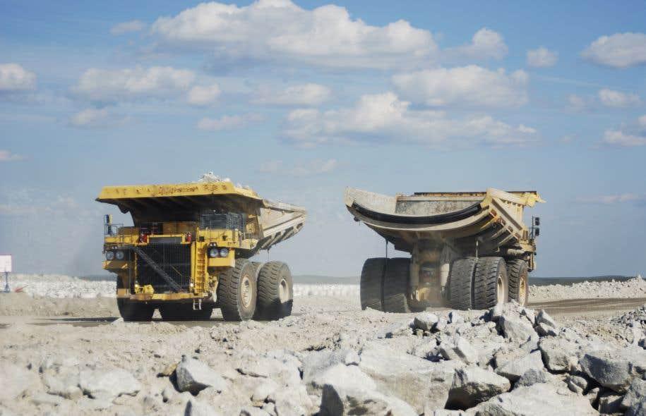 La minière Alamos Gold a annoncé lundi l'acquisition de la compagnie québécoise Mines Richmont.