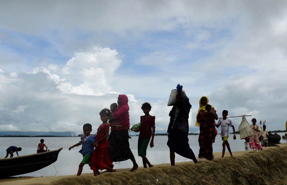 Quelque 370 000 Rohingyas, minorité musulmane persécutée dans l'ouest du Myanmar, se sont abrités au Bangladesh depuis fin août.