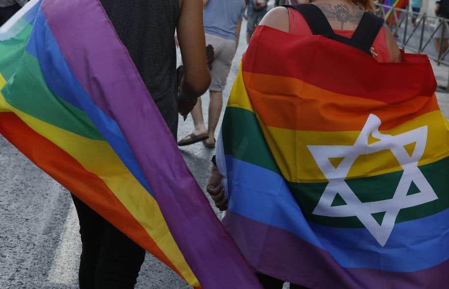 <p>En Israël, les couples de même sexe ont le droit d'adopter mais font face à un imbroglio juridique et bureaucratique à cause de la formulation de la loi.</p>