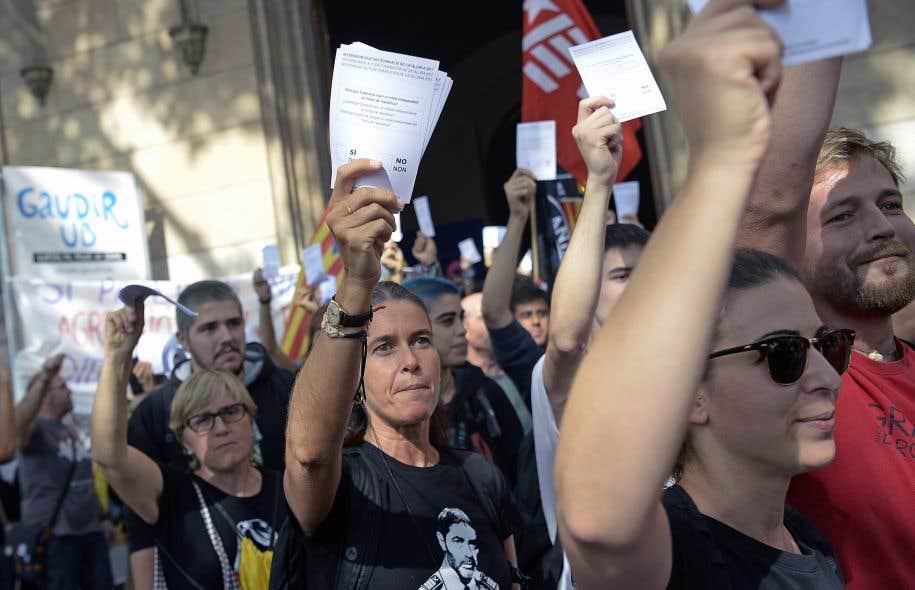 Catalogne : le point en fin de matinée sur le référendum d'autodétermination