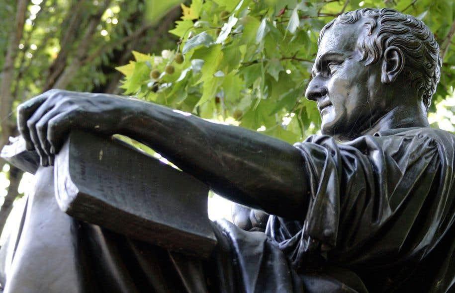 La statue du philosophe Jean-Jacques Rousseau à Genève