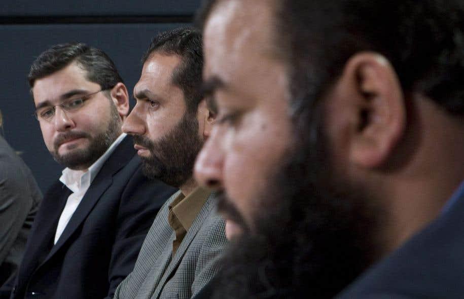 Abdyllah Almalki, Muayyed Nureddin et Ahmad Abou el-Maati, lors d'une conférence de presse en 2008 à Ottawa