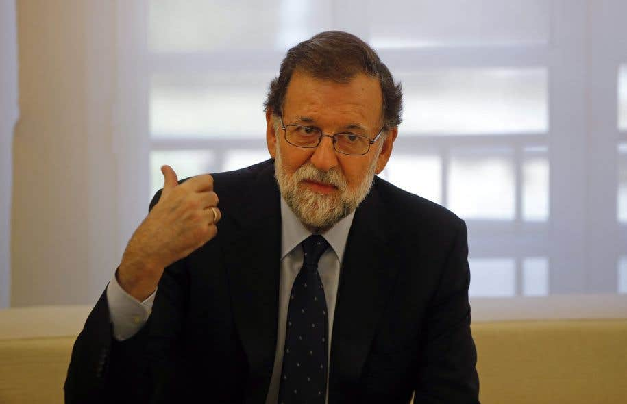 Le premier ministre espagnol Mariano Rajoy, lors d'une rencontre à Madrid avec le chef de l'opposition, le 2 octobre