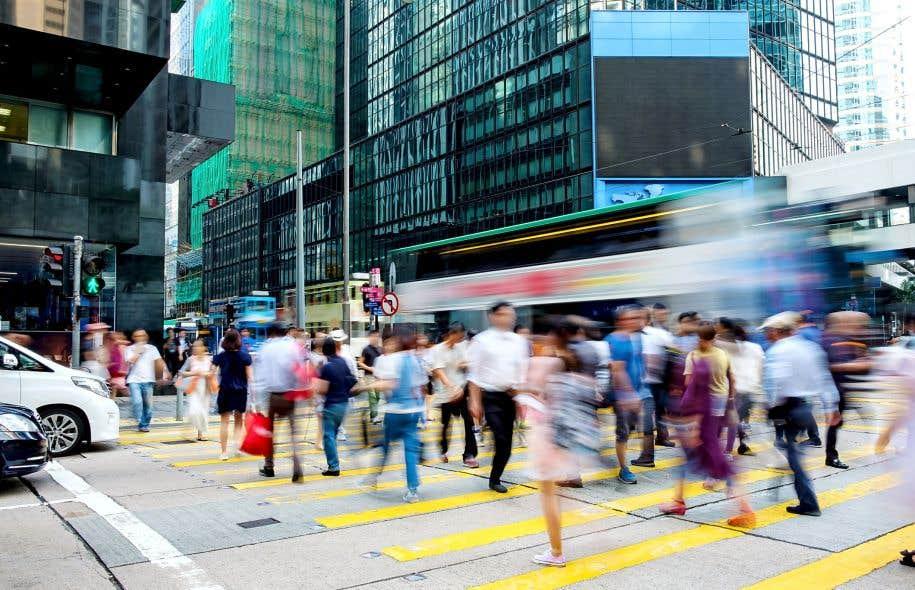 À Hong Kong, la sécurité des piétons passe par l'instauration de feux de signalisation intelligents.