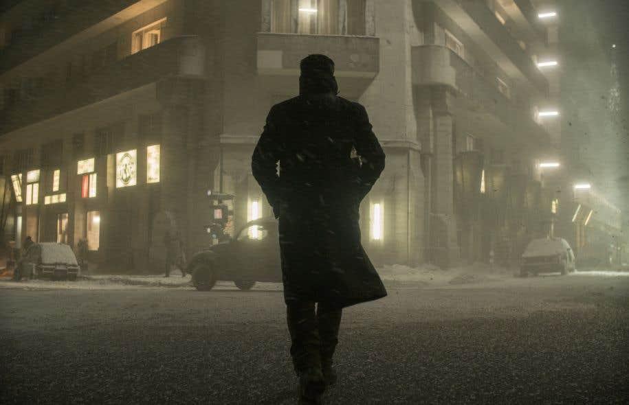 La neige en flocons de papier est l'une des anecdotes racontées dans «The Art and Soul of Blade Runner 2049», de Tanya Lapointe et Denis Villeneuve.