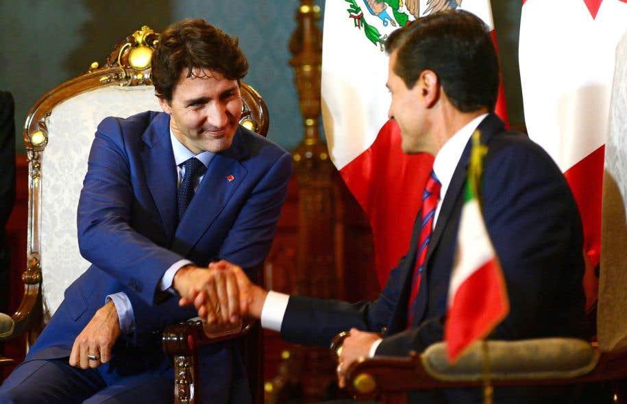 Justin Trudeau avec le président mexicain, Enrique Peña Nieto, à Mexico