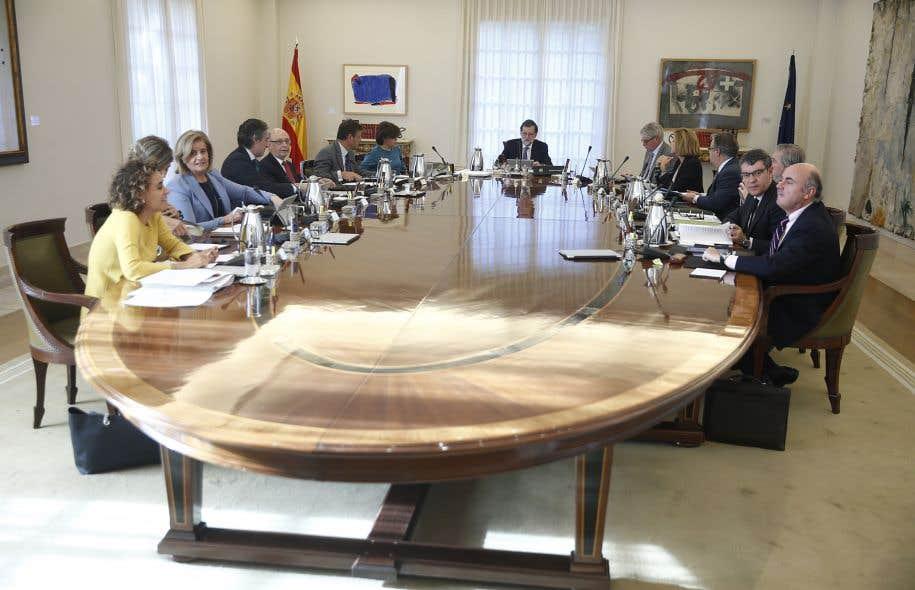 Rencontre de cabinet du premier ministre espagnol, Mariano Rajoy.