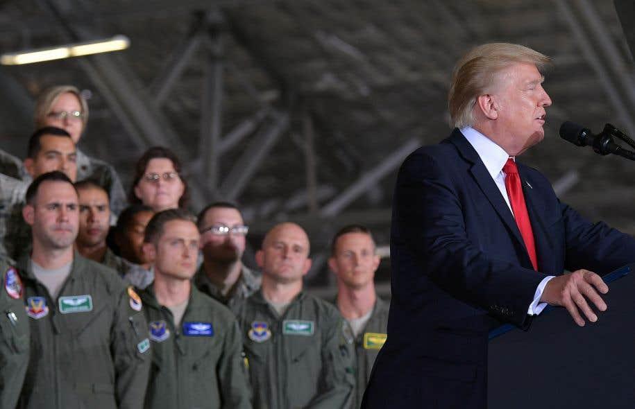 Le président américain, Donald Trump, avait signé un document ordonnant au Pentagone de ne plus recruter de personnes transgenres.