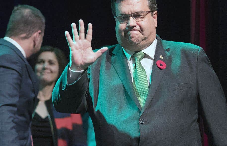 Denis Coderre a annoncé son départ de la vie politique municipale, dimanche soir, dans son discours à ses militants.