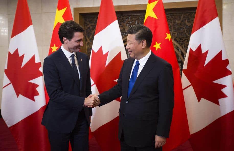 <p>Le premier ministre Trudeau et le président chinois Xi Jinping se sont rencontrésmardi, à Pékin.</p>