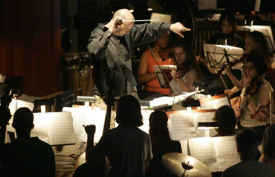 Le chef d'orchestre français Emmanuel Villaume