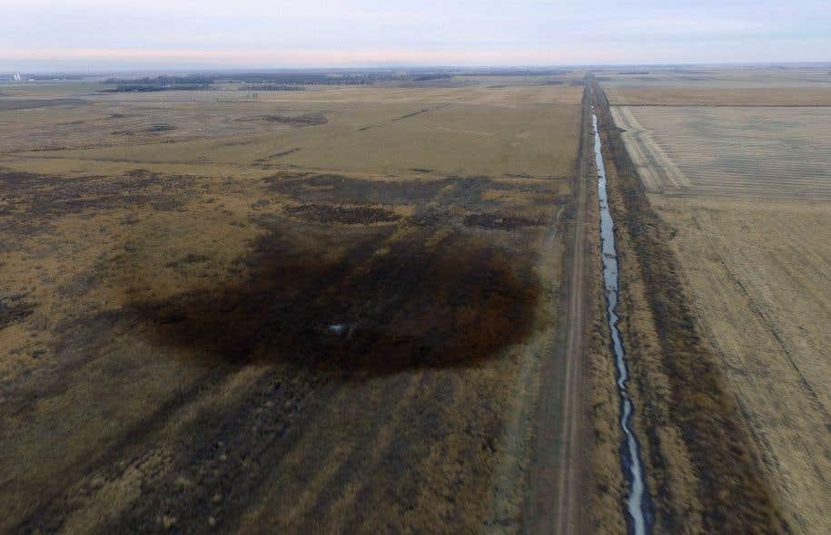 Près de 800 000 litres de pétrole albertain se sont déversés dans des champs agricoles au Dakota du Sud, en novembre dernier, en raison d'une fuite du pipeline Keystone.