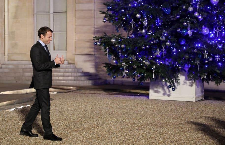 Sept mois après son ascension fulgurante à l'Élysée, le plus jeune chef d'État que le pays ait connu depuis Napoléon a de bonnes raisons de célébrer son arrivée parmi les quadras.