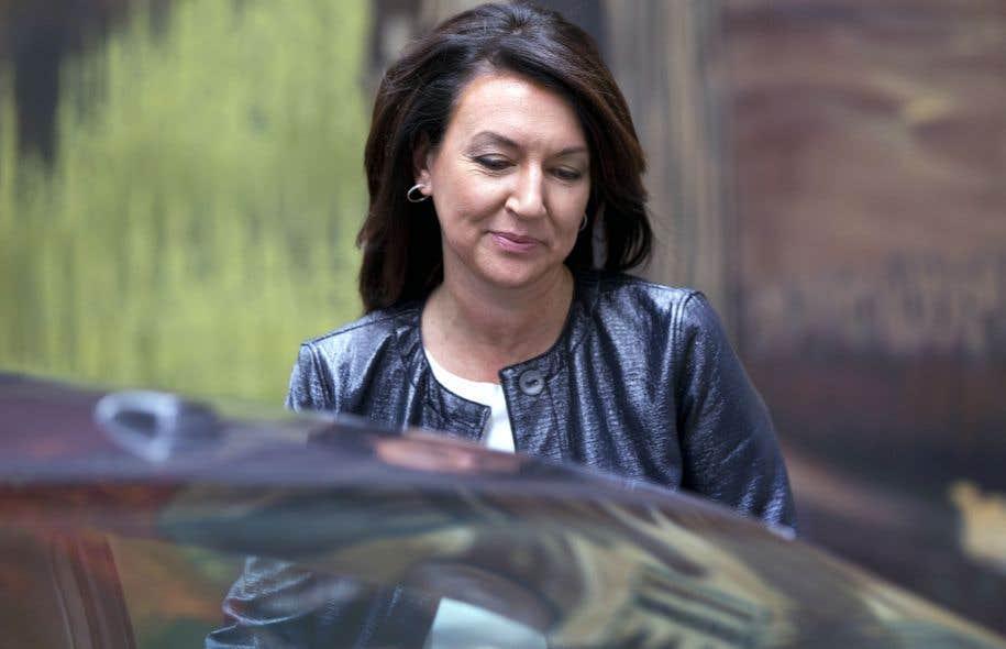 L'ancienne élue libérale Nathalie Normandeau est poursuivie pour fraude, abus de confiance, complot et corruption. Son procès est prévu pour avril.
