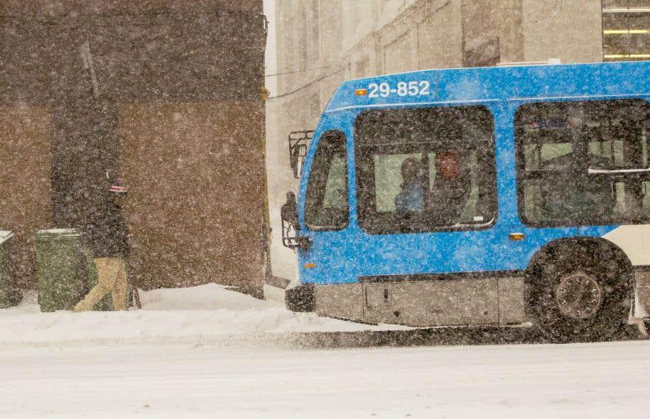 L'appel d'offres pour 300 autobus hybrides à Montréal lancé