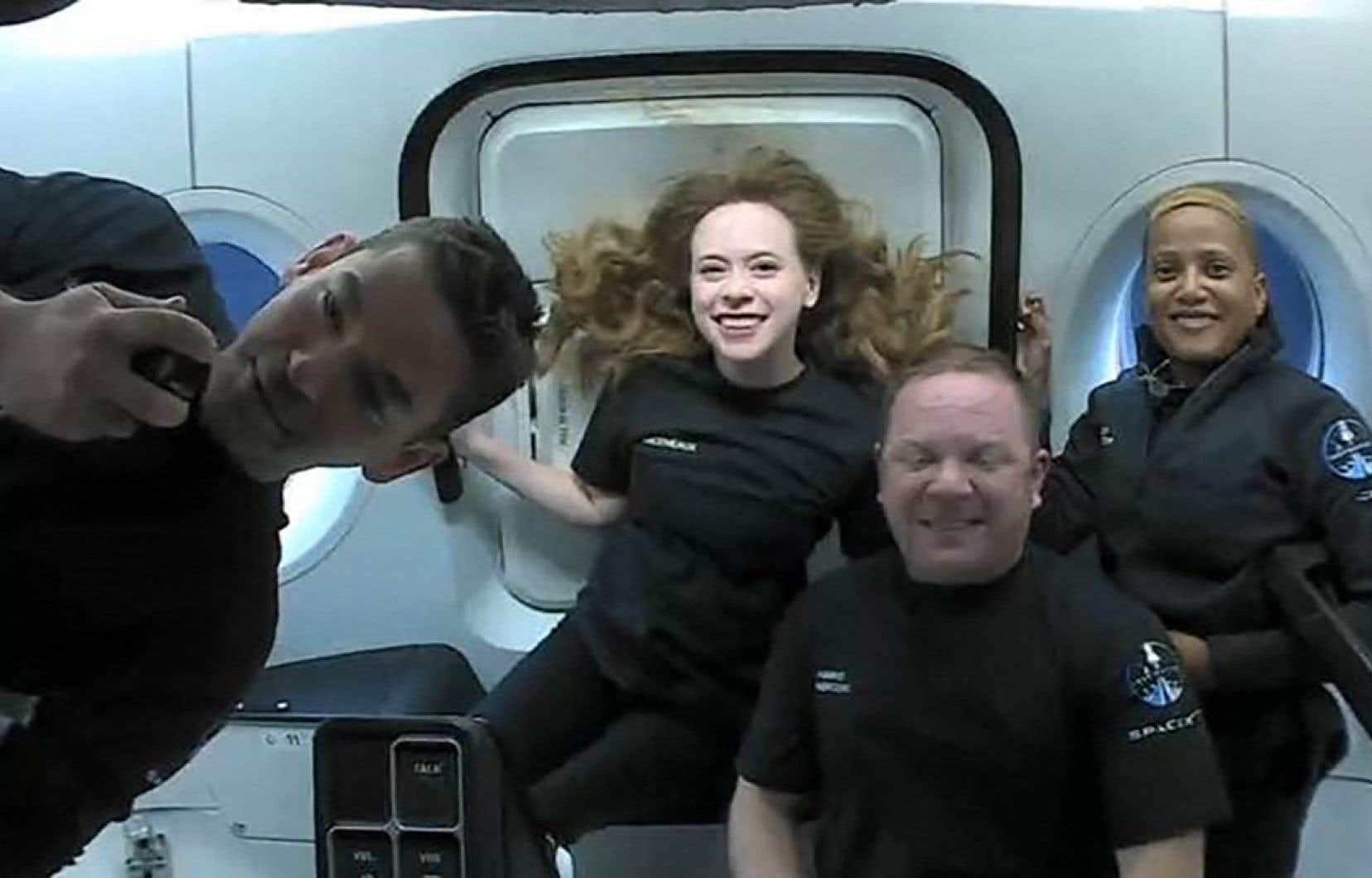 L'équipage d'Inspiration4, de gauche à droite: Jared Isaacman, Hayley Arceneaux, Christopher Sembroski et Sian Proctor