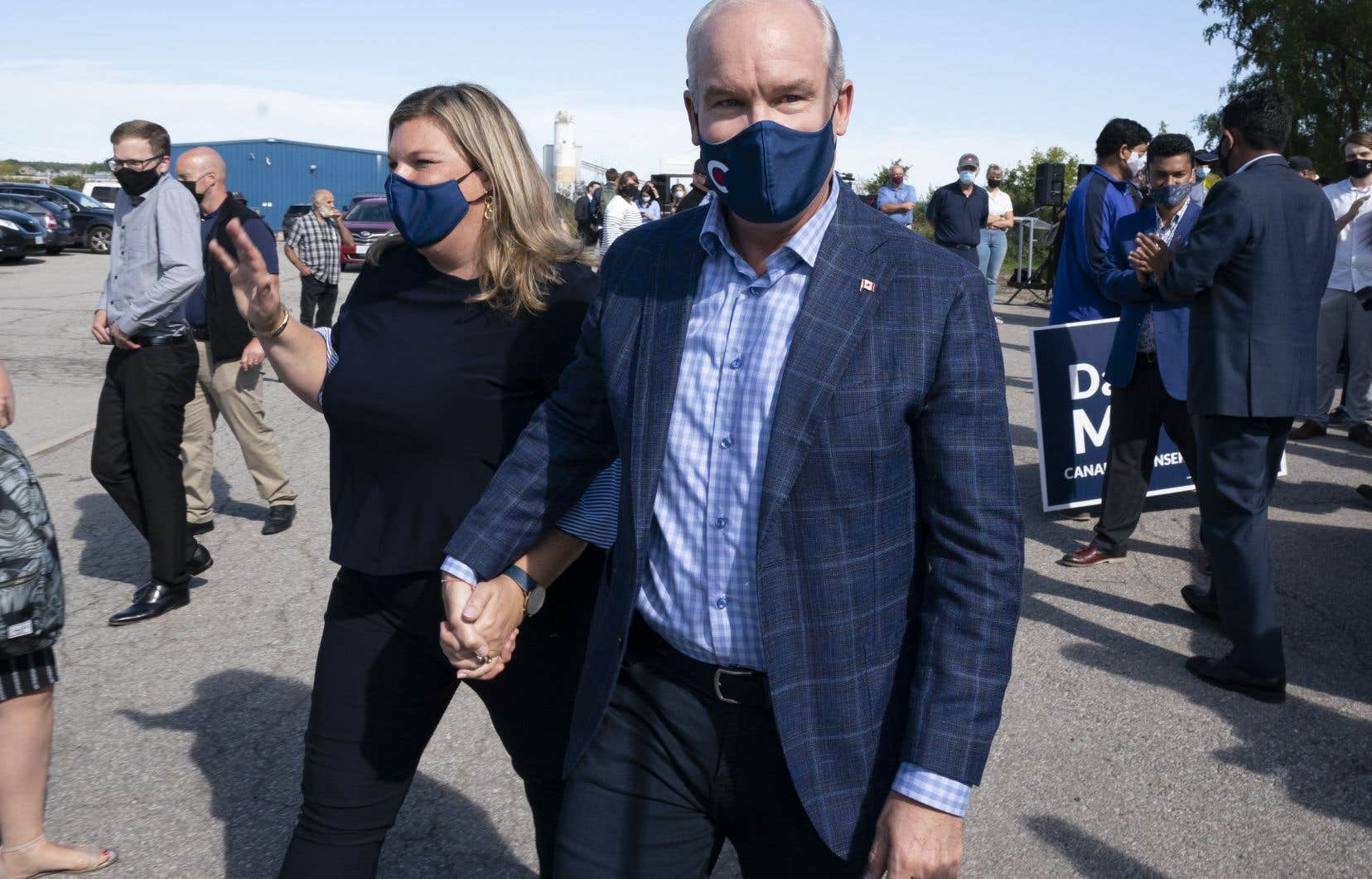 La vaccination des candidats retient l'attention à deux jours du scrutin