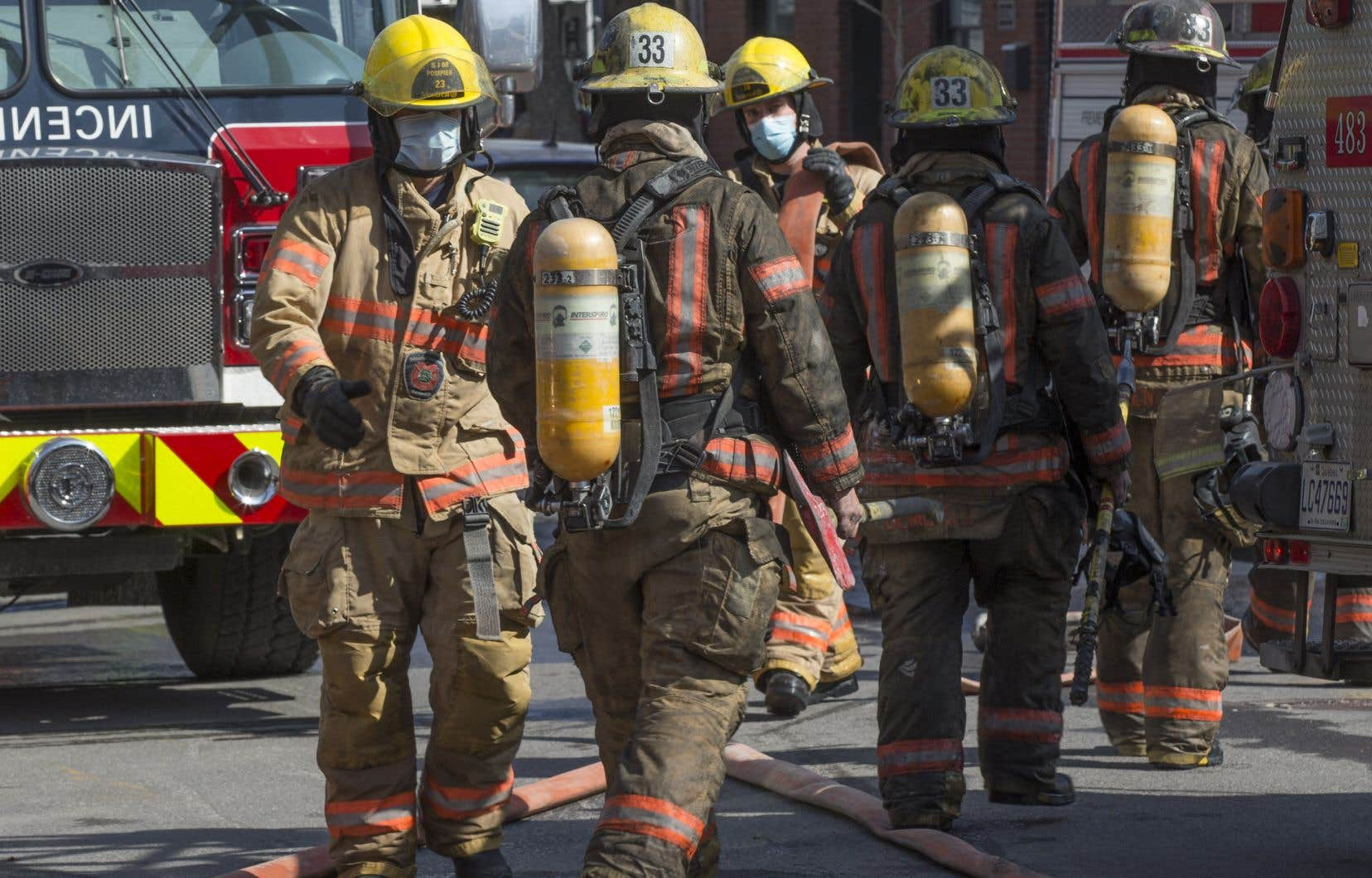 Des pompiers, ambulanciers et policiers ont été dépêchés sur les lieux, a indiqué la sergente Hélène St-Pierre, une porte-parole de la SQ.