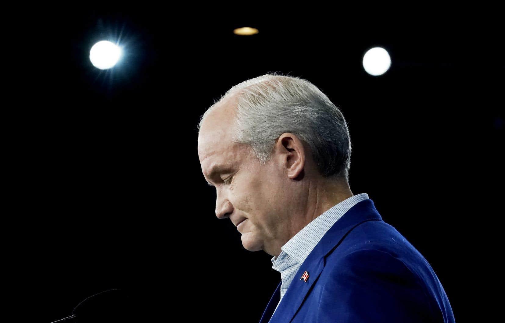 Il a fallu moins de 48heures pour que la guerre contre le chef du Parti conservateur du Canada, Erin O'Toole, soit lancée publiquement.