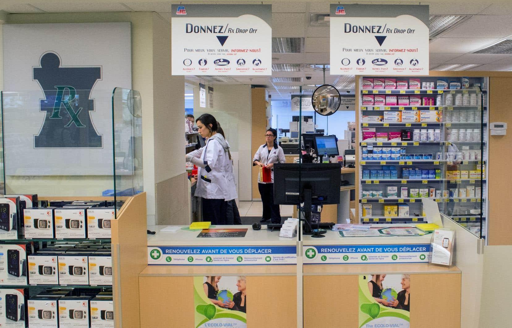 Les pharmaciens prolongent de plus en plus d'ordonnances