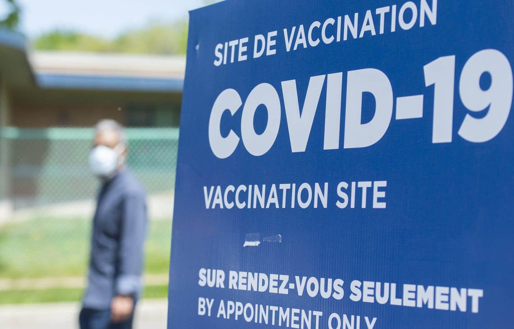 Les relations entre les Canadiens vaccinés et non vaccinés sont perçues comme étant mises à mal par deux répondants sur trois, mentionne le président de l'Association d'études canadiennes.