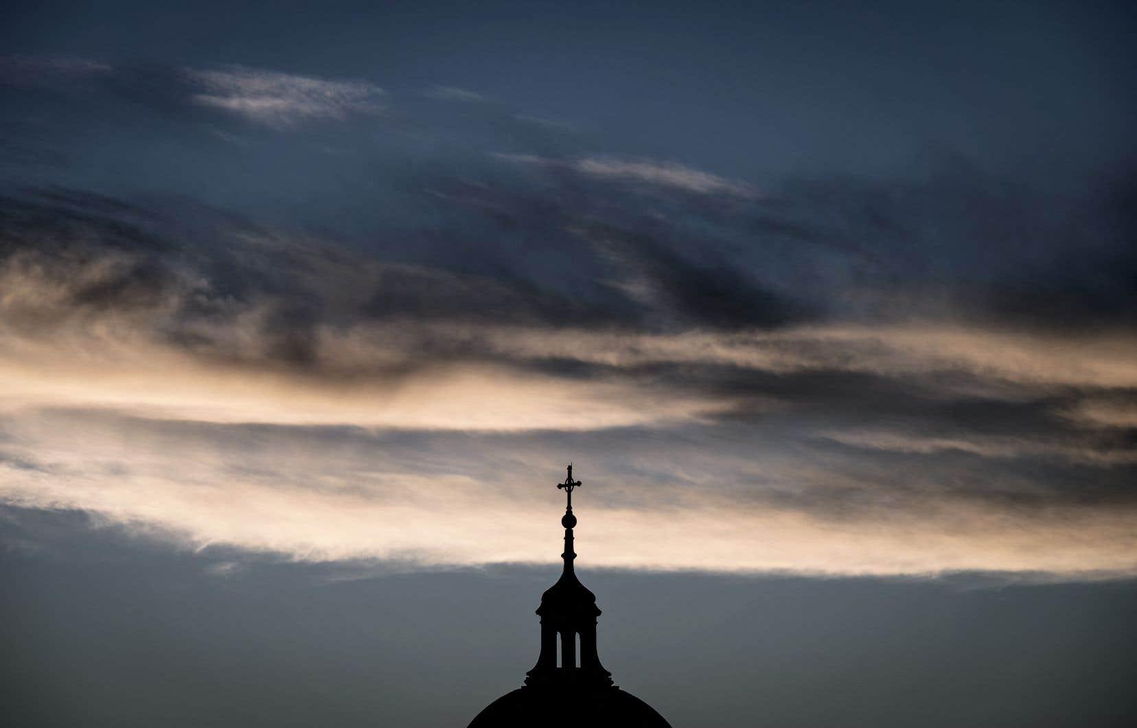 Le nombre comprend des agressions commises par quelque 3000 prêtres et autres personnes impliquées dans l'Église.