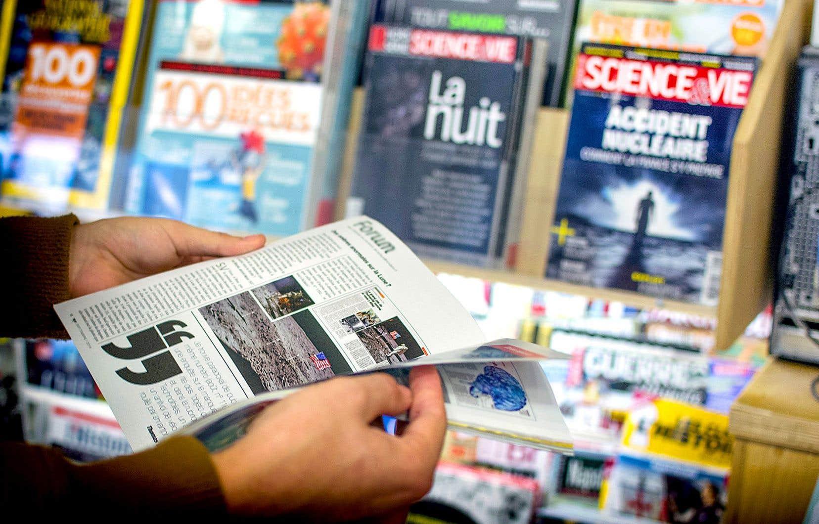 Pour encourager le milieu universitaire à rédiger en français, le Fonds de recherche du Québec remet trois prix Publication en français par mois à des chercheurs qui choisissent la langue de Molière dans leurs articles.