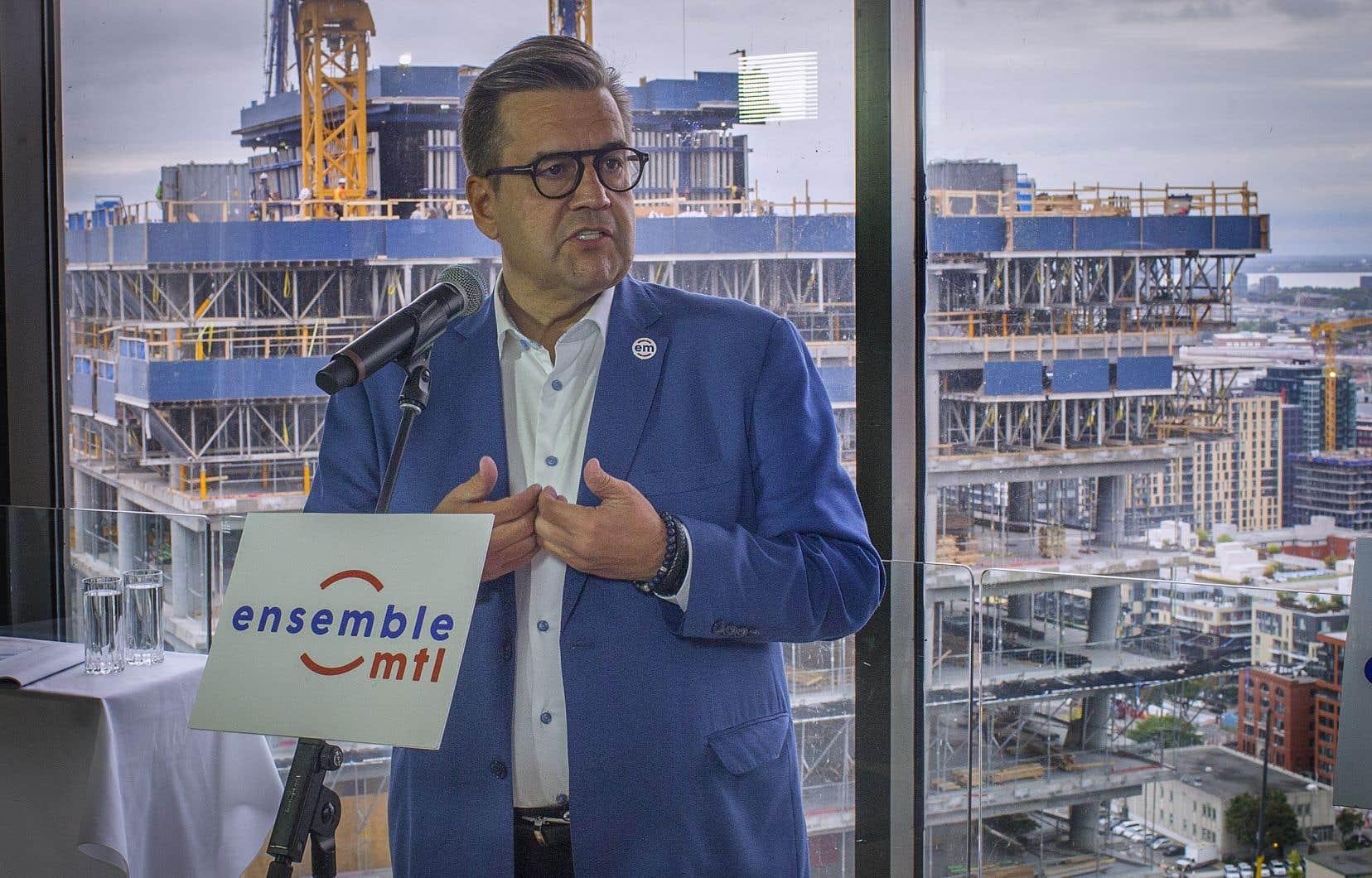 Pour accélérer la mise en chantier des logements sociaux financés par Québec par l'entremise du programme Accès-logis, une administration Coderre créerait un fonds municipal d'investissement de 25millions $.