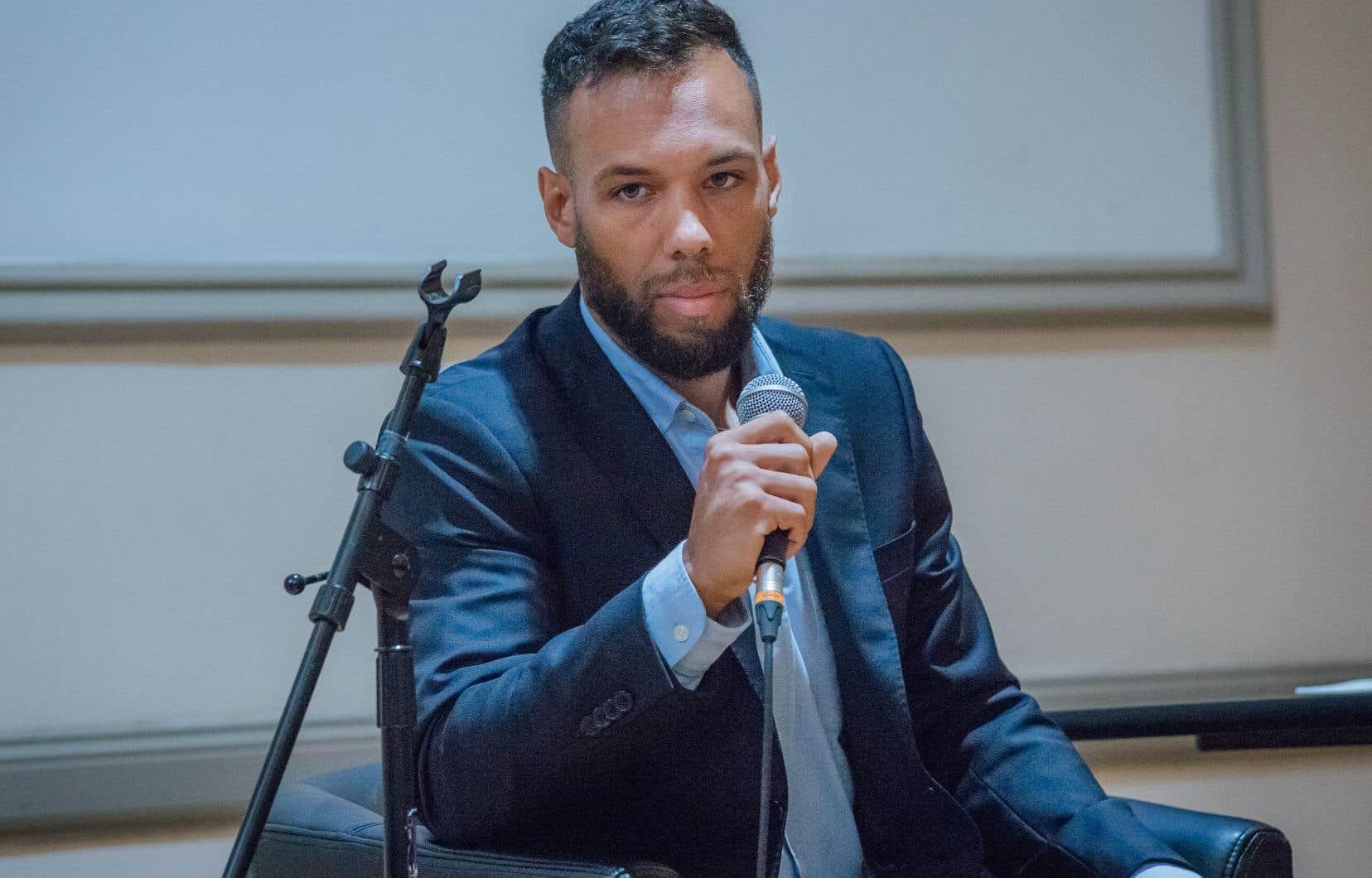 Balarama Holness (sur notre photo) et Marc-Antoine Desjardins ont annoncé qu'ils comptaient demander à l'Office de consultation publique de Montréal (OCPM) de mener une consultation sur l'utilisation de l'anglais et du français à Montréal.