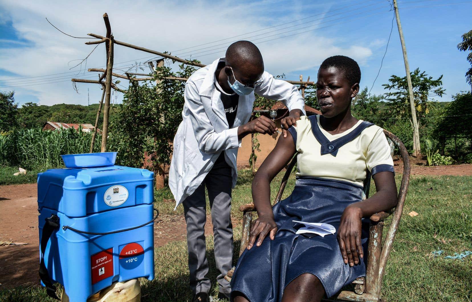 Le FMI met en garde contre la «grande fracture vaccinale»