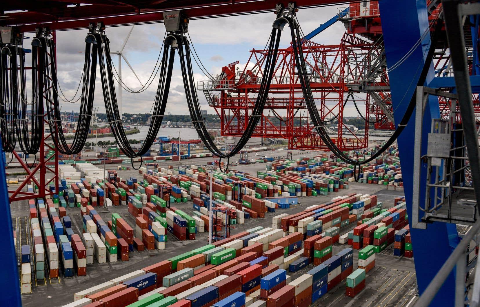 Les problèmes d'approvisionnement, provoqués par un surcroît de demandes de transport logistique avec la reprise post-pandémie combiné à des pénuries de main-d'œuvre, touchent de nombreux pays dans le monde.