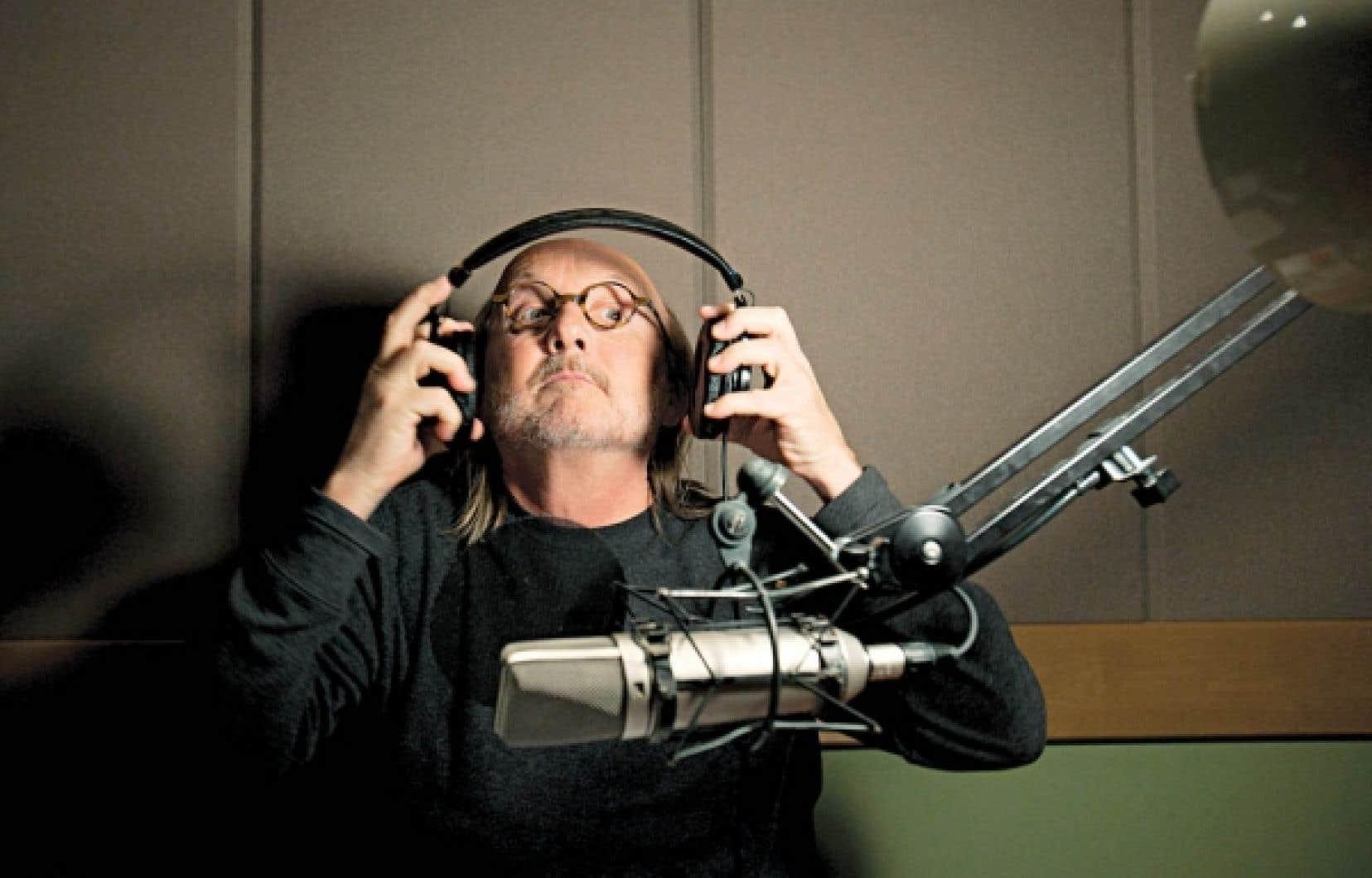 Jim Corcoran, l&rsquo;Anglo le plus francophile en ville, fait d&eacute;couvrir depuis 25 ans la chanson francophone au Canada coast to coast.<br />