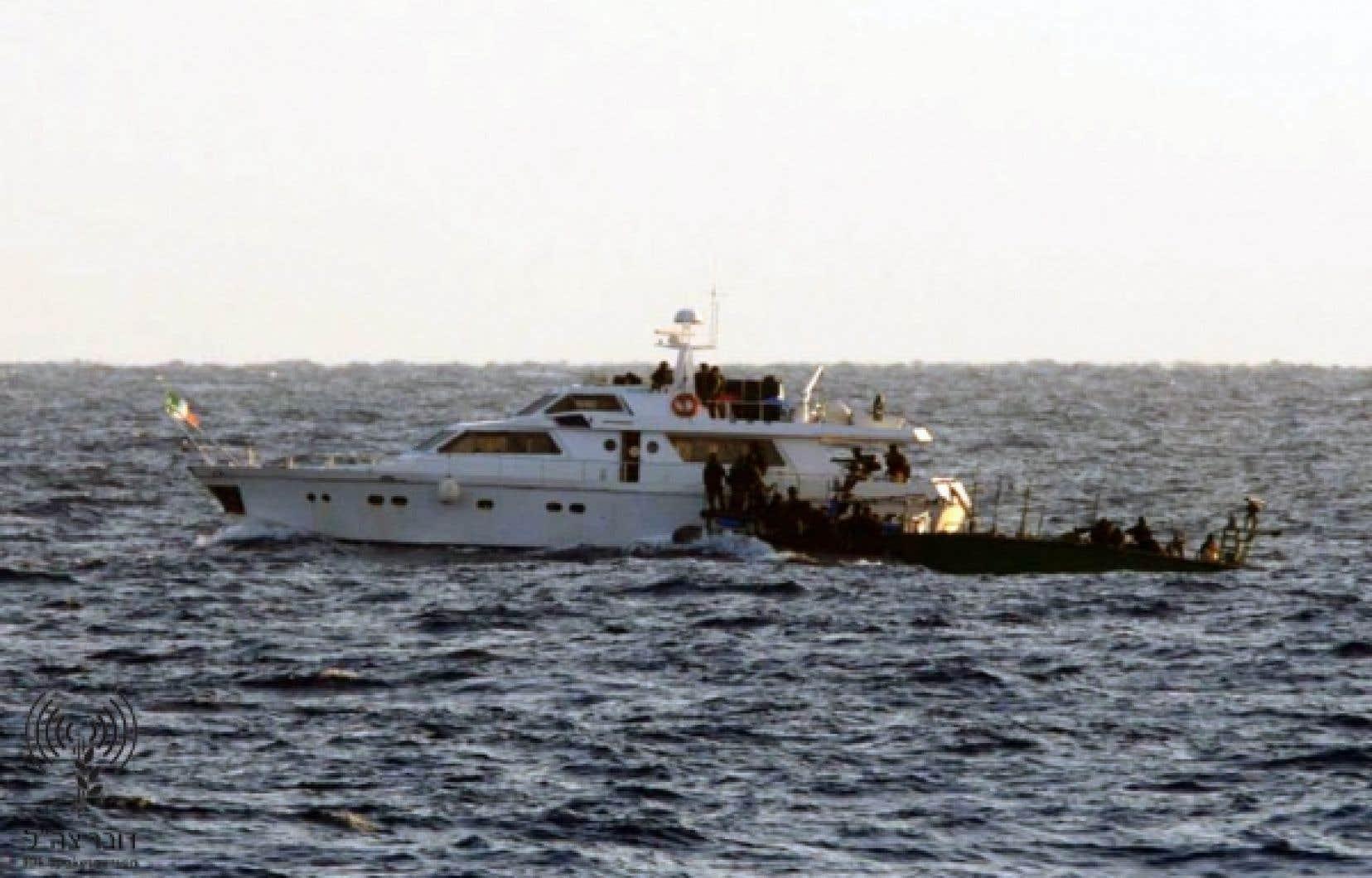 Une image, publiée par Israël, de l'arraisonnement du navire MV Saoirse.<br />