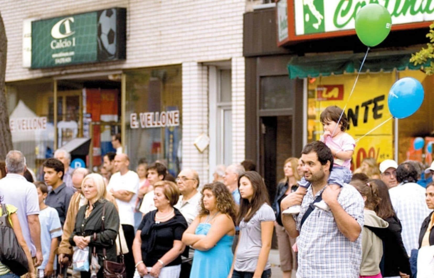 La notion même de communauté italienne devient de plus en plus inapplicable dans l'espace montréalais. Leur identité se décline désormais dans toutes les nuances du métissage. <br />