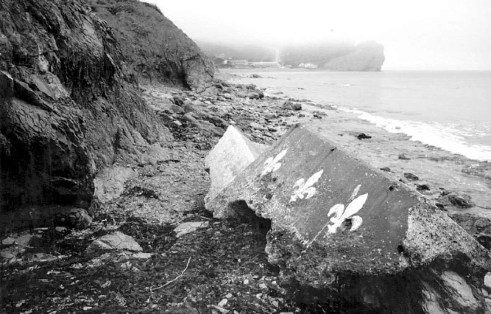 Bertrand Carrière, Sur la plage, Percé, Cap-Saint-Pierre, Gaspésie<br />