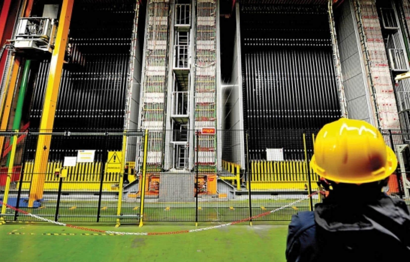 Le détecteur de neutrinos du Laboratoire de Gran Sasso, en Italie. L'engin de 1800 tonnes a capté le faisceau de neutrinos en provenance du CERN circulant à une vitesse supérieure à celle de la lumière.