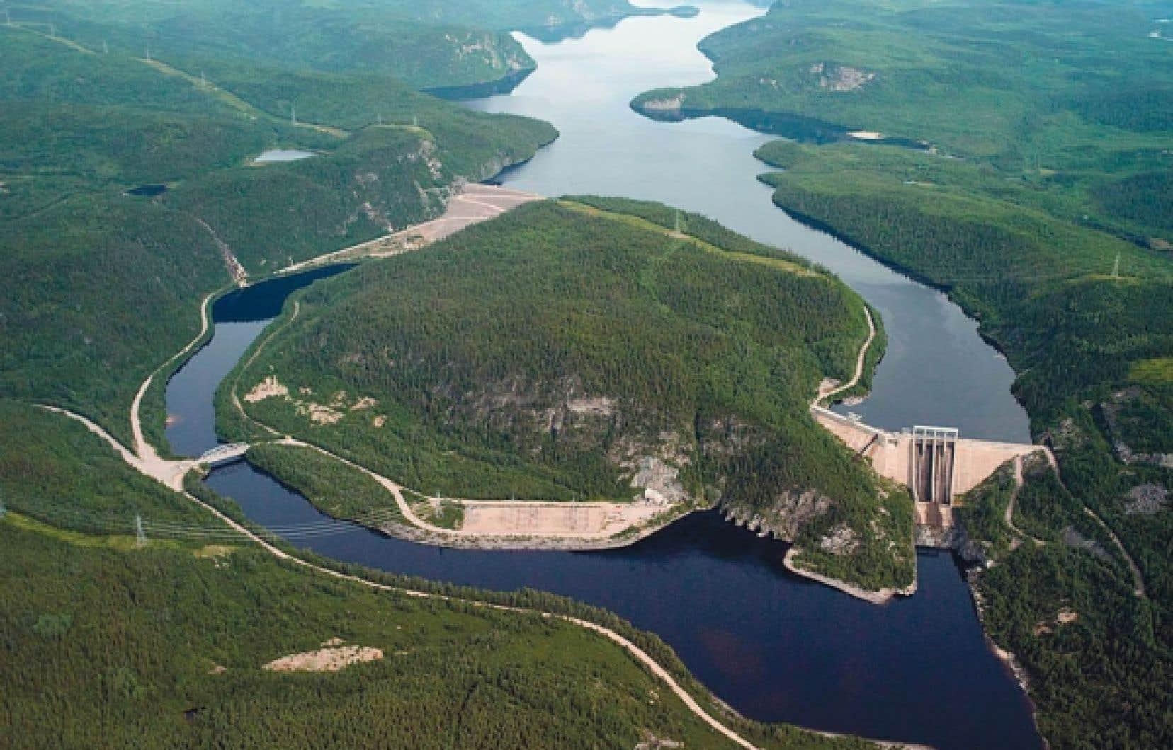La centrale hydroélectrique René-Lévesque, située sur la rivière Manicouagan sur la Côte-Nord, est alimentée par le réservoir Manic 3.<br />