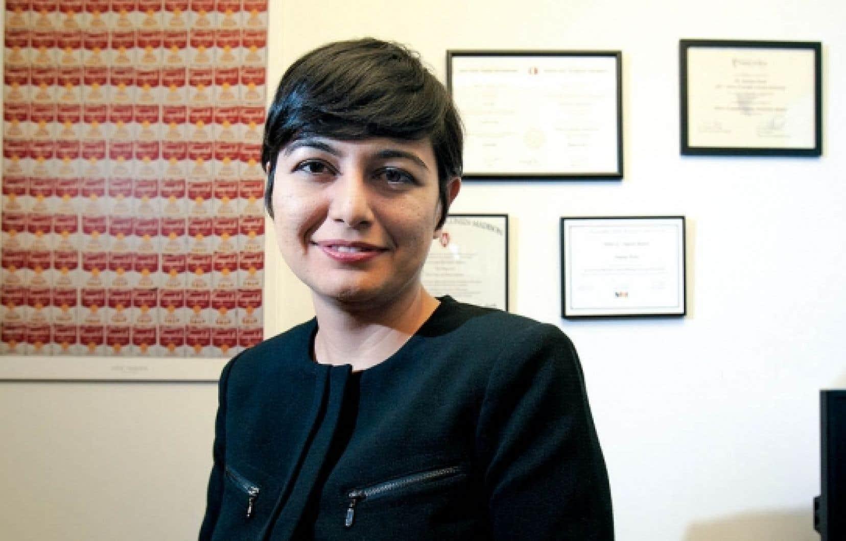 Zeynep Arsel: «Il faut avoir une autre vision des objets. Plutôt que d'acheter un livre, on peut aller à la bibliothèque, même chose avec le DVD.»<br />