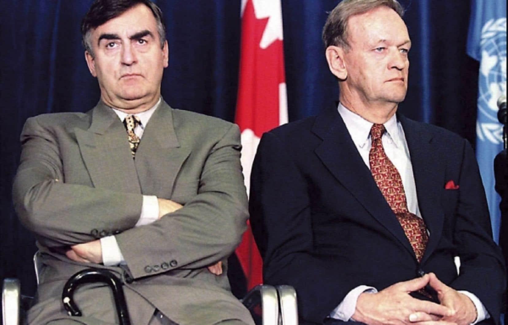 Deux premiers ministres un an après le dernier référendum sur l'indépendance du Québec.