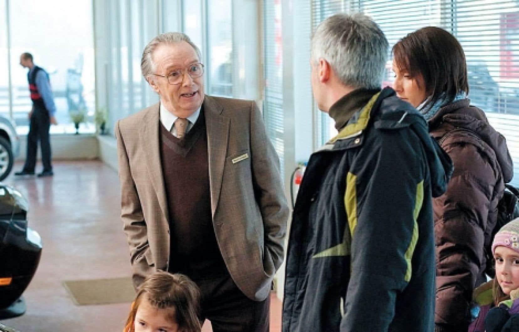 Le vendeur de Sébastien Pilote a reçu le prix Gilles-Carle des 30es Rendez-vous du cinéma québécois, décerné au meilleur premier ou deuxième long métrage de fiction. Le film a également reçu le prix Luc-Perreault du meilleur film de l'année décerné par l'Association québécoise des critiques de cinéma.