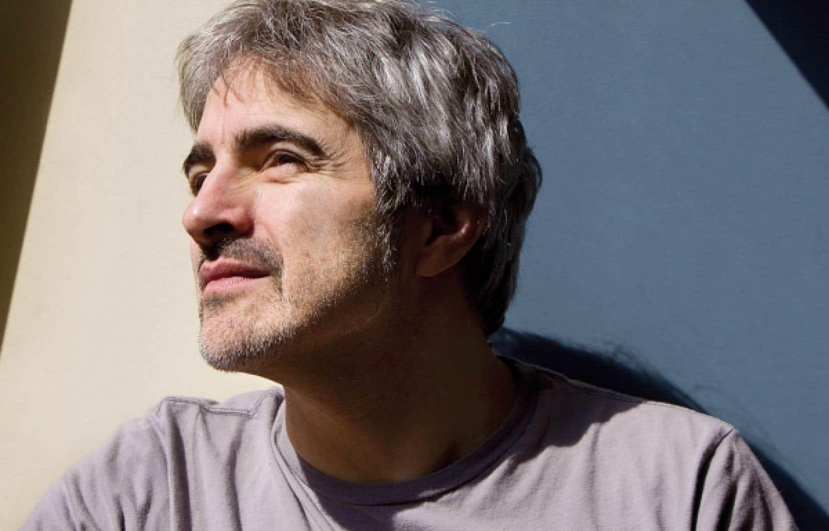 Les chansons de Daran ont fait le tour du Québec avant d'être enregistrées sur L'homme dont les bras sont des branches.<br />