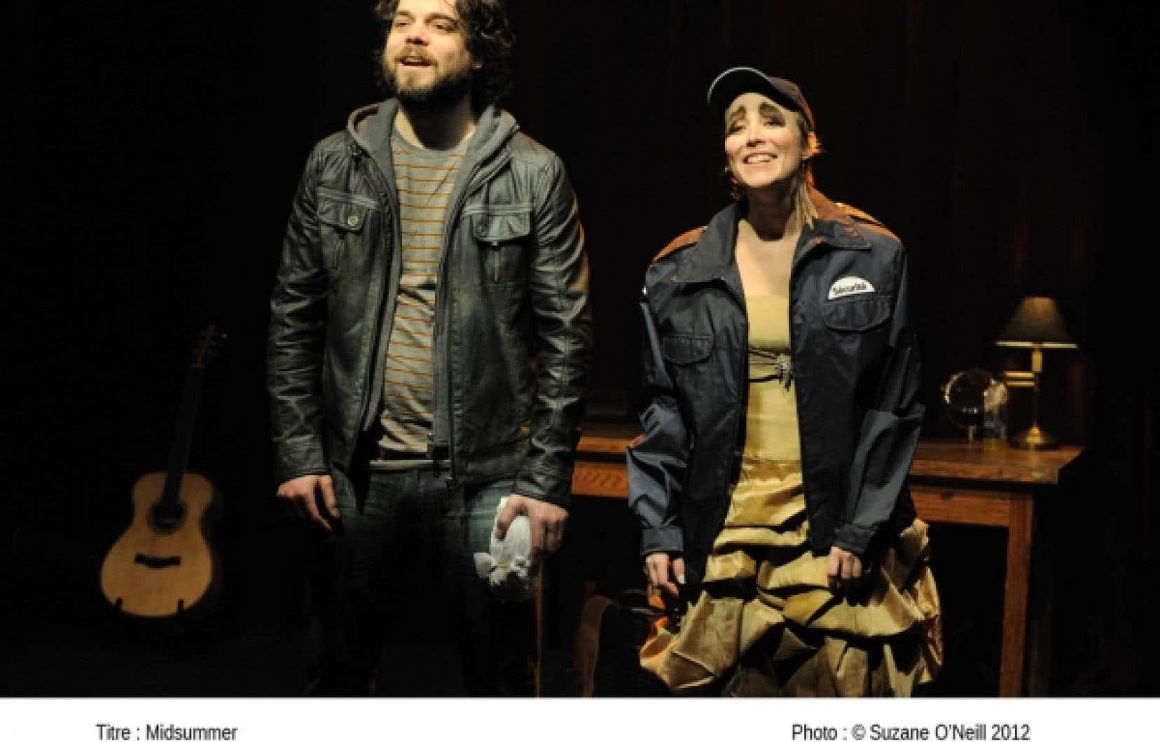 Les deux comédiens partagent une complicité palpable: la lumineuse, débridée Isabelle Blais et Pierre-Luc Brillant, en bourru sympathique.<br />