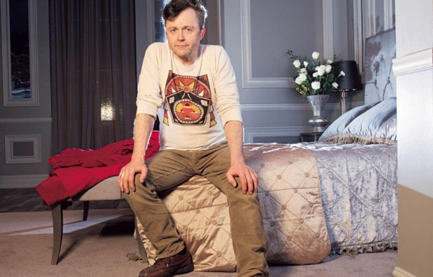 Après le Hamlet qu'il signait l'an dernier au TNM, le metteur en scène Marc Béland s'attaque aux Bonnes de Jean Genet au Rideau vert.<br />