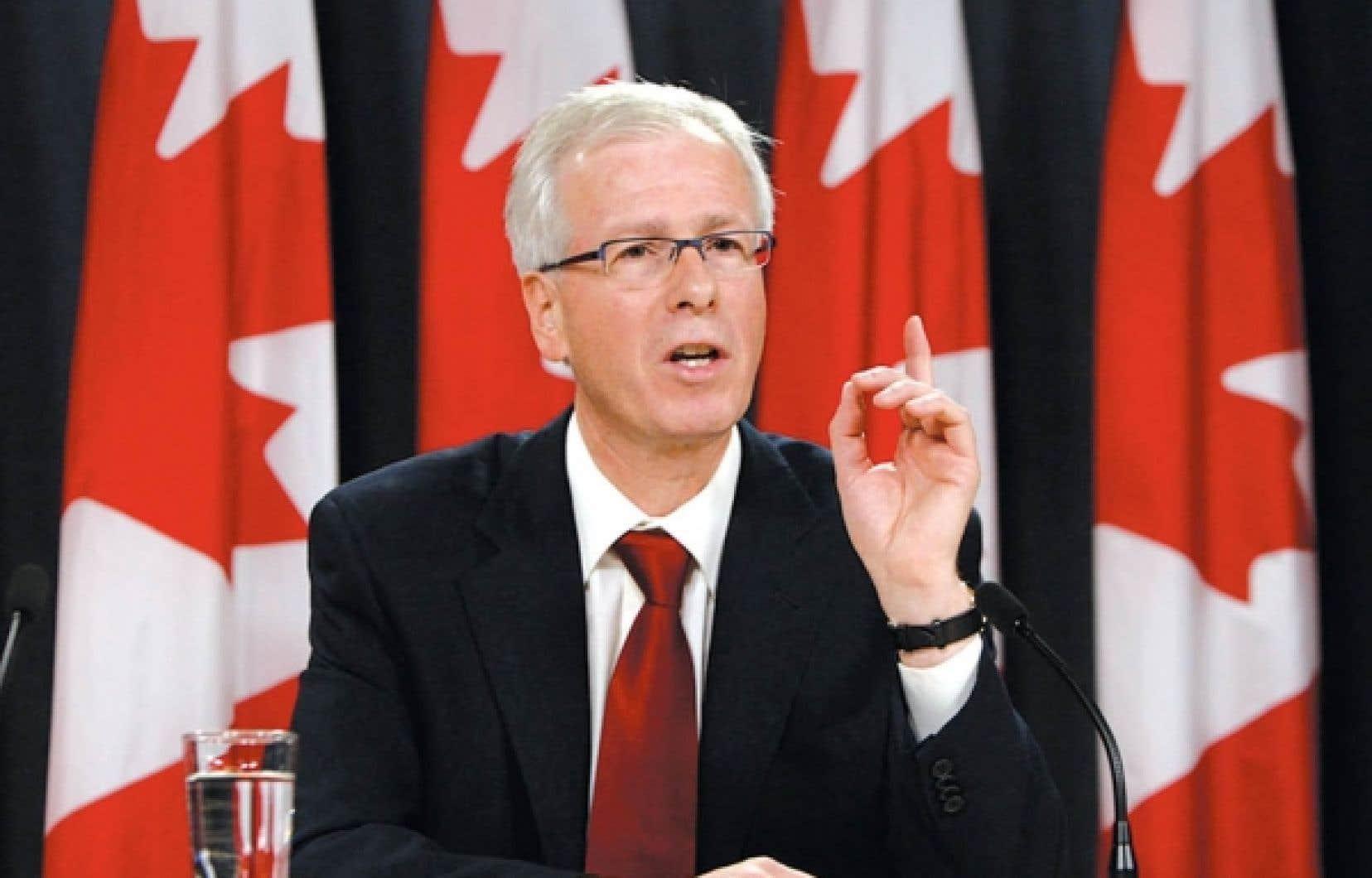 Député fédéral de la circonscription de Saint-Laurent, Stéphane Dion a succédé à Paul Martin à titre de chef du Parti libéral du Canada de décembre 2006 à décembre 2008.<br />