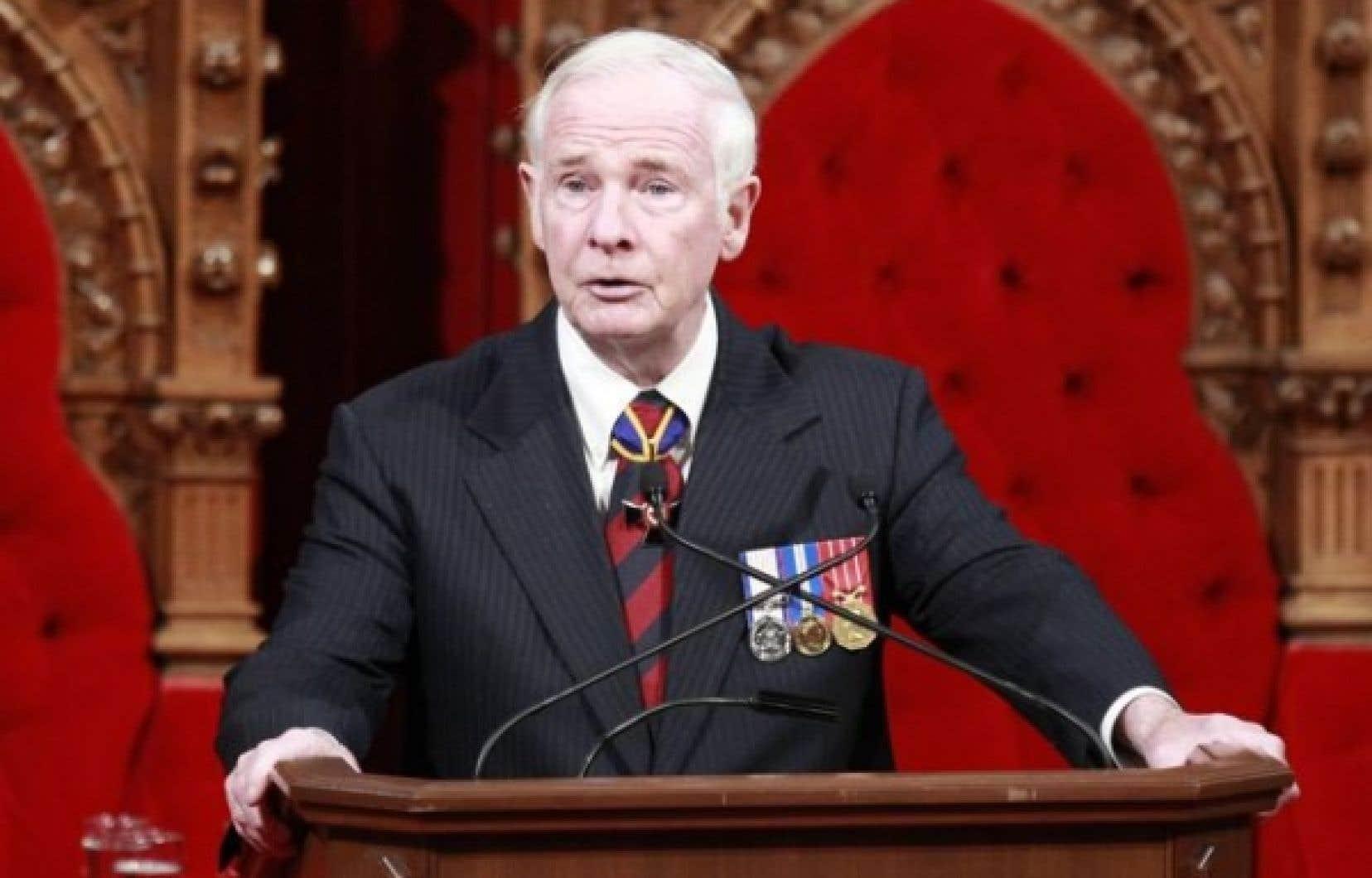<div> Ottawa a d&eacute;cid&eacute; de doubler&nbsp;le salaire&nbsp;du gouverneur g&eacute;n&eacute;ral, David Johnston.</div>