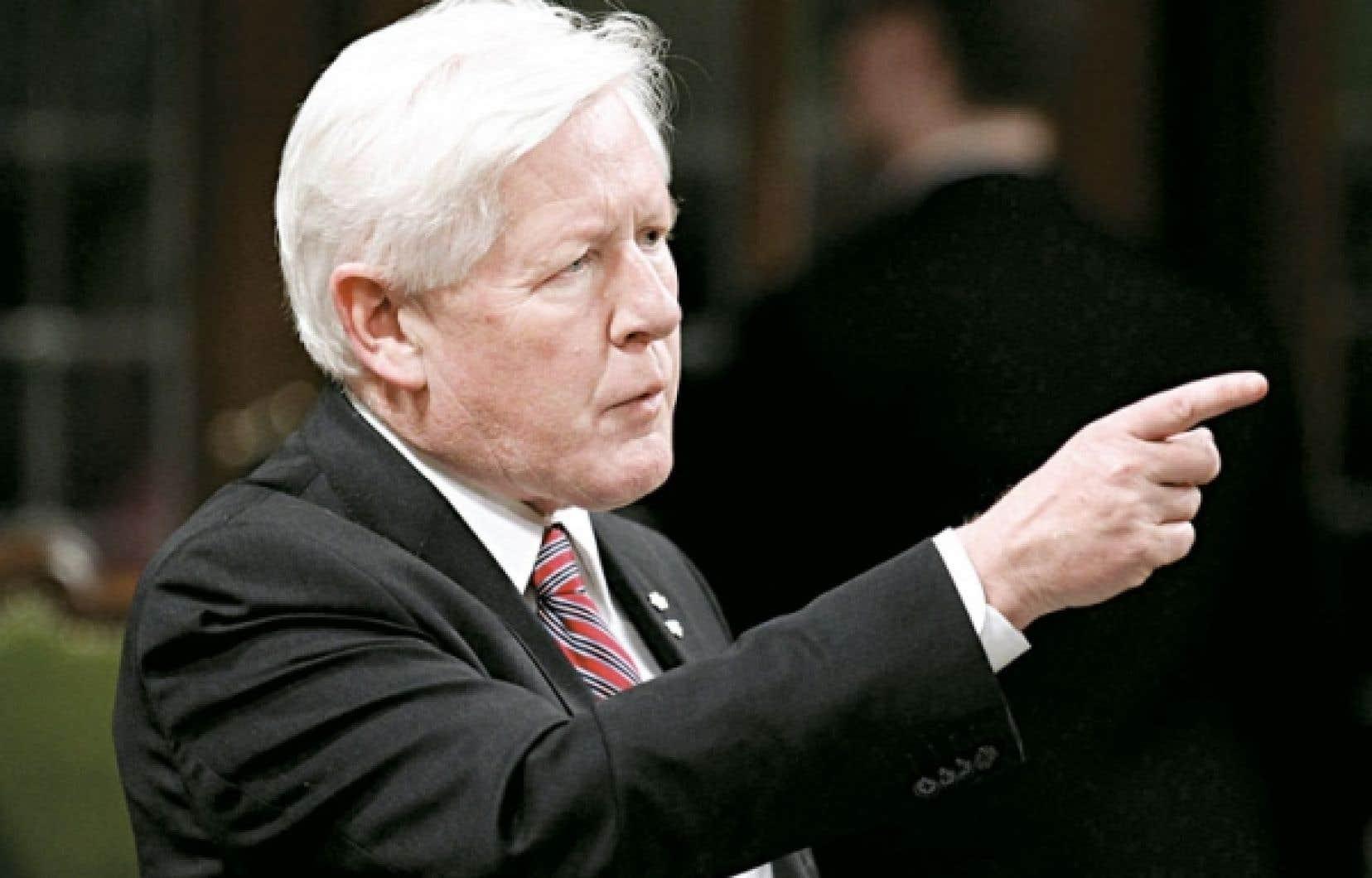 <div> Le chef libéral Bob Rae se réjouit de la décision d'un juge de la Cour supérieure de l'Ontario qui invalide l'élection de mai 2011 dans la circonscription d'Etobicoke-Centre.</div>